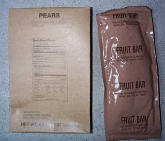 1999 MRE #14 - Pasta w/ Vegetables in Tomato Sauce - side dish of pears and fruit bar
