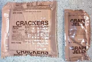 1999 MRE #19 - Beef w/Mushrooms - crackers and grape jelly