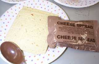 1999 MRE Menu #20 - Spaghetti w/Meat Sauce - vegetable cracker and cheese spread