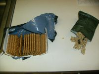 Spanish Combat Ration, breakfast crackers and granola with fruit