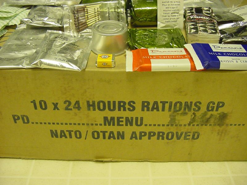 No8 BRITISH ARMY MILITARY MRE NEW STYLE SELF HEATING 12 Hour Ration Pack