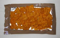 Baked Snack Crackers (Hot & Spicy Flavor): Cheez-Its front